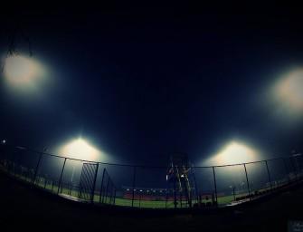 Piłka nożna. Stadion Miejski ma już oświetlenie